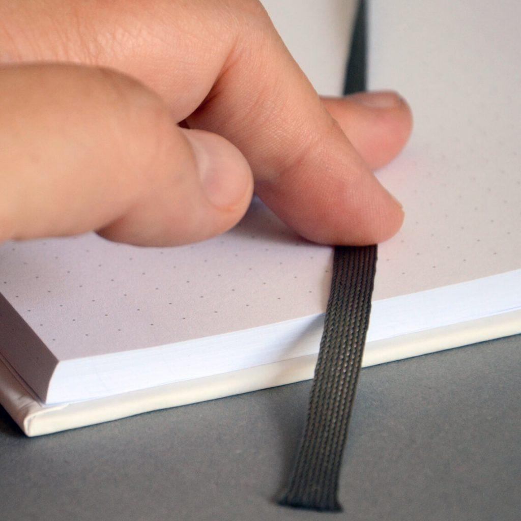 Notizbücher mit Leseband