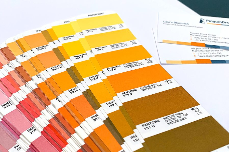 Sonderfarben Farbfächer Pantone